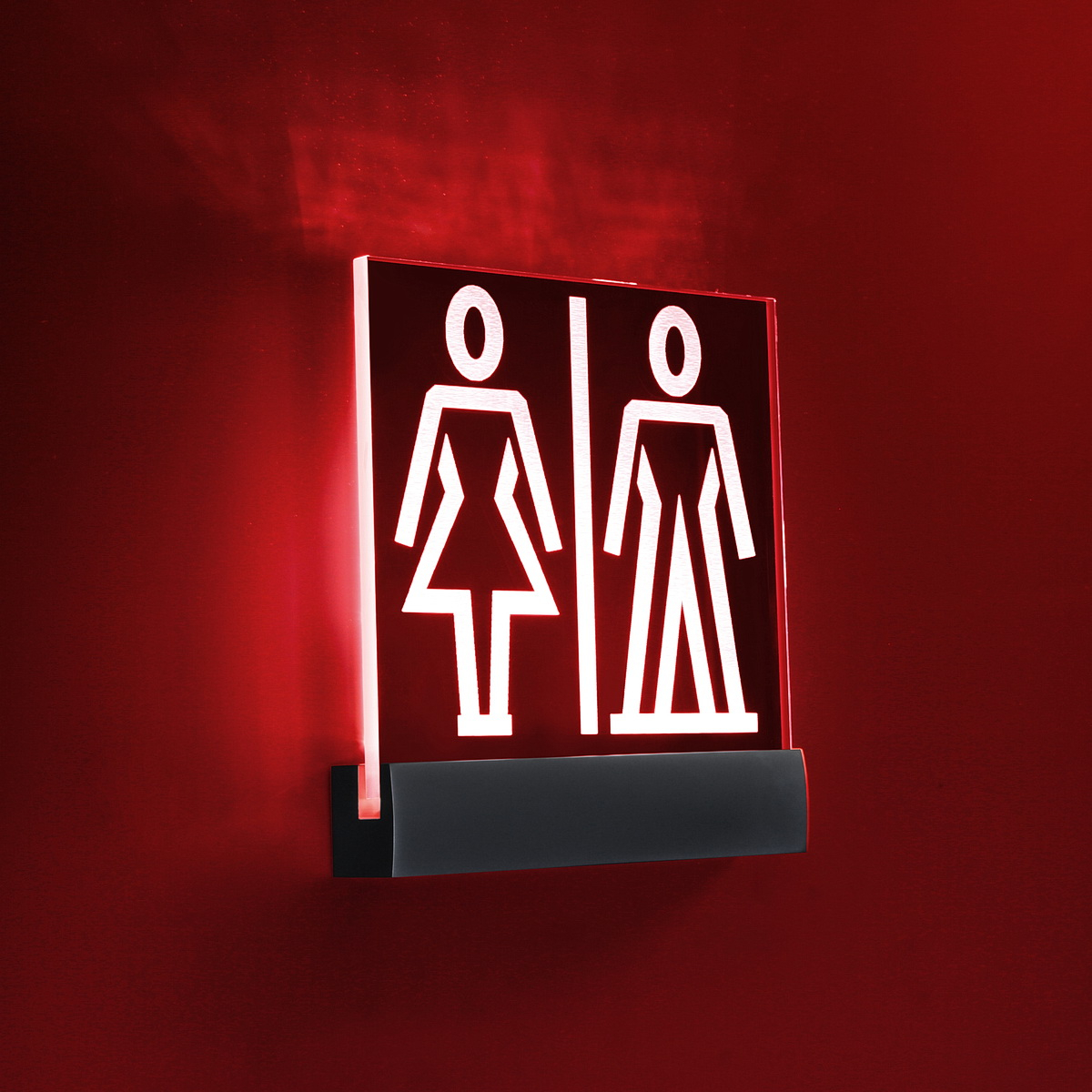 RED LED Sign Clamp in 4 3/4'' (120 mm) length X 1'' (25.4 mm) Silver satin aluminum finish.Mount Kit Supports Signs Up To 5/16'' Thick, Wall Mount, Low Voltage transformer included.